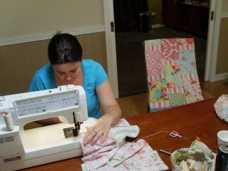 Bloss making a quilt (5)