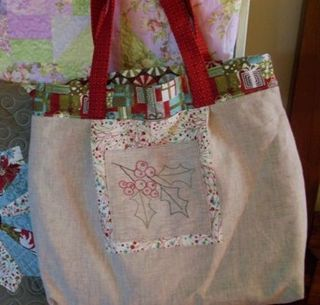 Figgy pudding tote