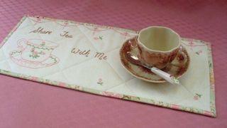 Sharing tea 003
