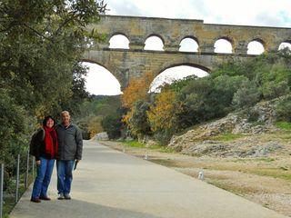 Col and cheryl at Pont du gard