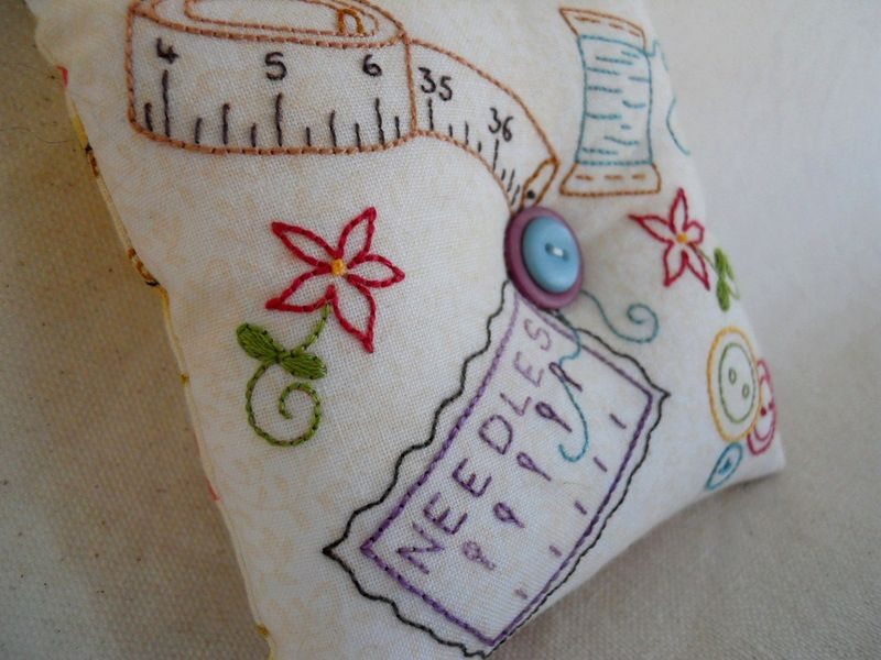 Notions pincushion 1 2